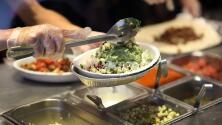 'Un lugar en la mesa para todos' revoluciona restaurantes santuarios para proteger a empleados y clientes