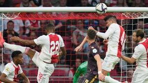 ¡Aparece El Machín! Edson marca su segundo gol de la temporada