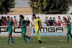 El Huesca cae 2-1 ante el Osasuna durante su primer partido amistoso. La escuadra que dirige el mexicano Ignacio Ambriz, en su primera aventura europea, se fue a la delantera al minuto 6' con gol de Dani Escriche, pero Nacho Vidal (47') y Chimy Ávila (60') le dieron la victoria a los 'Rojillos'.