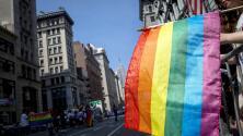 Las calles de Nueva York se tiñen de color en la conmemoración del desfile del orgullo gay