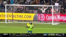 ¿Atajada del año en la MLS? Increíble lo que hizo el portero del Seattle Sounders