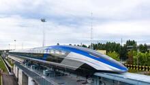En fotos: la levitación magnética hace que este tren sea el más rápido del mundo