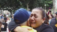 Decenas de familias inmigrantes se reencuentran en Los Ángeles luego casi 20 años sin verse