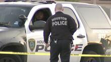 Arrestan a sospechoso tras mantener a conductor como rehén al suroeste de Houston