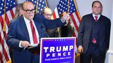¿Pueden ser castigados los abogados de Trump por presentar demandas para evitar el triunfo de Biden?
