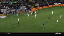 Sebastián Blanco empata las acciones con un golazo de pierna izquierda ante el LA Galaxy