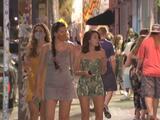 Miami vive su primer fin de semana sin toque de queda, tras un año de pandemia