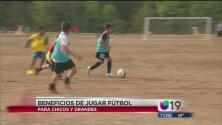 Los beneficios de jugar fútbol