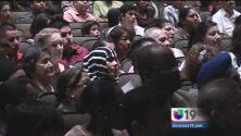 Cientos se convirtieron en ciudadanos en Modesto