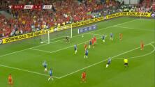 ¡TIRO ATAJADO! disparo por Gareth Bale.
