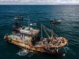 El olor del dinero: como un desastre medioambiental en una ciudad pesquera muestra influencia de China en el mundo
