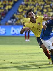Colombia terminó con el paso perfecto de Brasil al sacar un empate sin goles.