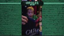 La emoción de un pequeño al recibir de Navidad, el jersey de Dzeko