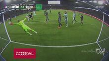 Diego Polenta vuelve a sonreír por un gol, en su mejor noche para LA Galaxy