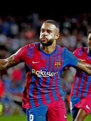 El Barcelona se lleva el triunfo sobre el Valencia con marcador 3-1, durante la novena jornada en La Liga. José Luis Gayá ponía arriba a los 'Chés' al minuto 5', pero Ansu Fati (13'), Memphis Depay con un penalti (41') y Philippe Coutinho (85') le dieron la victoria al equipo dirigido por Koeman.