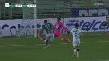 ¡León perfila el título con un golazo! Yairo Moreno pone el 2-0