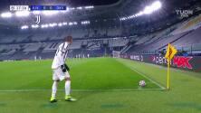 ¡TIRO ATAJADO! disparo por Álvaro Morata.