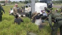 Iban 30 pasajeros en un carro para 15: Esto se sabe del choque que mató a 9 inmigrantes en Texas