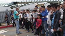 Congresistas hispanos presentan propuesta que busca mejorar las condiciones de indocumentados en los centros de detención