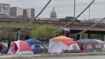 Líderes de Austin darán a conocer sitios designados para que indigentes acampen temporalmente