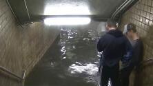 Estaciones del metro de Nueva York afectadas por las fuertes lluvias de esta noche de miércoles