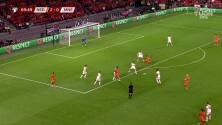 Wijnaldum hizo el 3-0 y Holanda ya golea a Montenegro