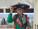 Atletas y exatletas mexicanos reaccionan a los uniformes tirados a la basura