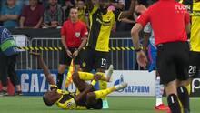 ¡Expulsión! El árbitro saca la roja directa a Aaron Wan-Bissaka.