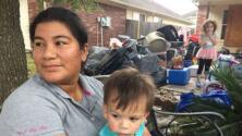 Hispana que quedó atrapada con su hijo tras Harvey dice cómo logró que los rescataran