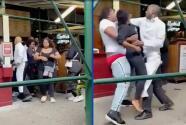 (VIDEO) Atacan violentamente a empleada de restaurante por pedir comprobante de vacunación
