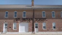 Internados escolares para indígenas en EEUU: una historia oculta de maltrato y discriminación