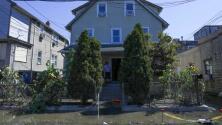 """""""Todo lo perdí"""": inmigrante damnificada por las inundaciones de Ida en Nueva York dice que la ayuda recibida no es suficiente"""