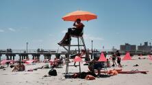 Preocupación por escasez de salvavidas en playas y piscinas de Nueva York durante este verano