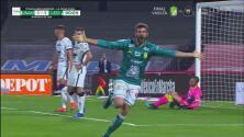¡El 'Puma' le anota a Pumas! Gigliotti convierte el 1-1 del León