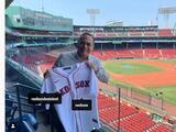 Gilberto Santa Rosa hará el lance de honor en partido entre Boston y Toronto