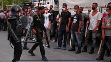 Más de 500 personas permanecen presas luego de las protestas en Cuba