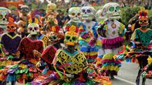 Comienzan los preparativos para celebrar del Día de Muertos en la Ciudad de México