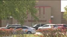 Distritos escolares cercanos a la petroquímica incendiada en Crosby actuaron para proteger a los alumnos y se mantienen alerta