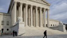 El Departamento de Justicia pide a la Corte Suprema bloquear la restrictiva ley del aborto en Texas