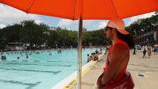 En Nueva York están buscando salvavidas para trabajar en las piscinas públicas y playas este verano
