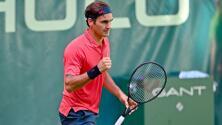 ¡Volvió Su Majestad¡ Federer inició con victoria su gira sobre césped