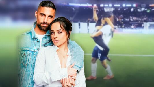 Becky G salta al campo y vive el momento más romántico de la Copa Oro