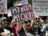 Permiten que siga la ley que prohíbe los abortos después de las 6 semanas en Texas