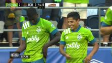 Raúl Ruidíaz no perdona, sella la victoria de Seattle y empata al líder de goleo