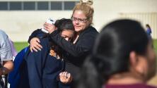 Autoridades investigan cómo y dónde la menor obtuvo el arma de tiroteo ocurrido en una escuela de LA