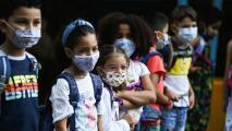 Coronavirus: Se esperan nuevas recomendaciones en Illinois sobre el uso de mascarillas en las escuelas