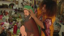 'Doña' Ilse, la dominicana que convierte la basura en obras de arte