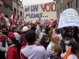 Pugna legal por votos mantiene en zozobra a Perú y anticipa una mayor inestabilidad política