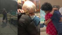 Después de la vacuna, el primer abrazo: el momento en que abuelos y nietos se abrazan tras meses de separación por la pandemia