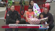 Bomberos repartieron 350 juguetes a niños desamparados
